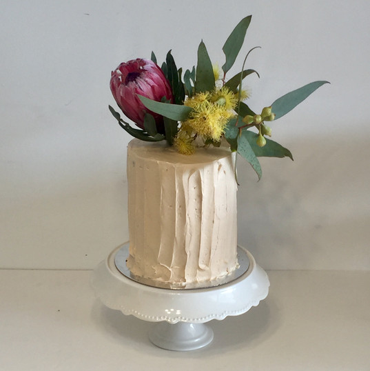 "6"" textured buttercream natives.jpg"