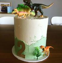 """6"""" dinosaur cake"""