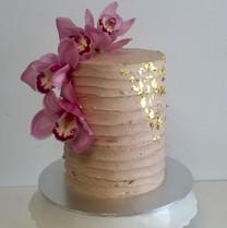 "6"" textured buttercream cake"