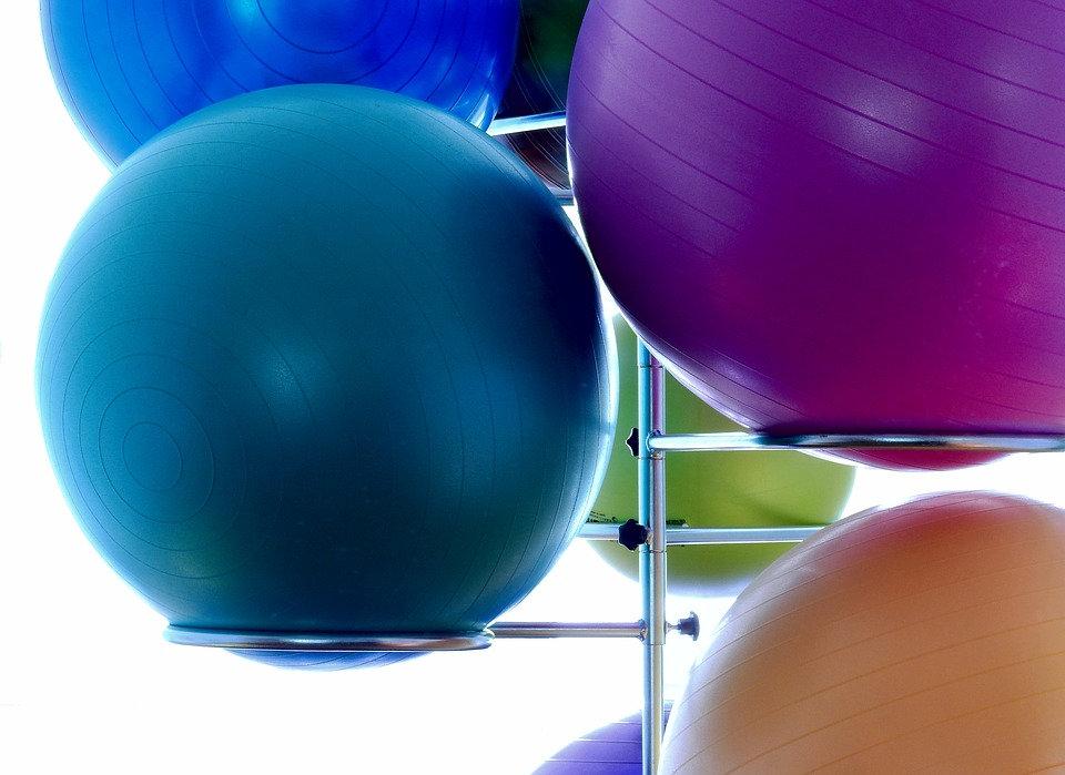 medicine-ball-1575315_960_720.jpg