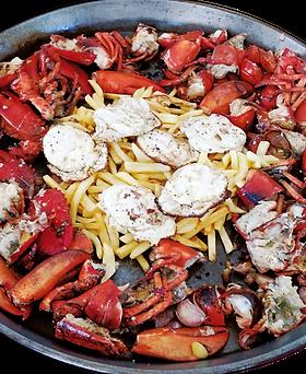 Bogavante con huevos y patatas fritas - Restaurante Carabela