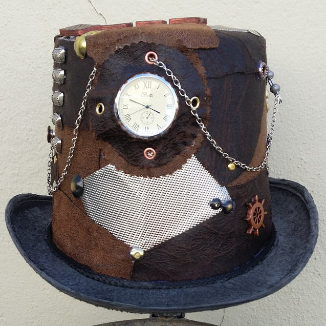 A tophat that I've created in a Steampunk theme