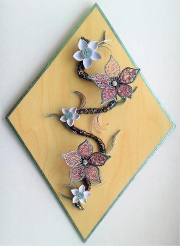 Paper quilled flower branch