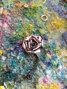 Quilled craft metal rose