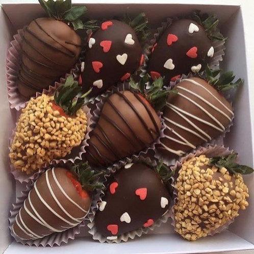 Коробочка с клубникой в шоколаде