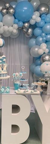 Cafecito Events | Organic Balloons Garland