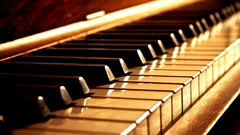The admission exames for the annual piano courses
