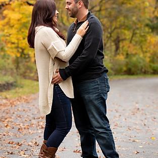 Jessica & Jeremy engagement sneak peeks