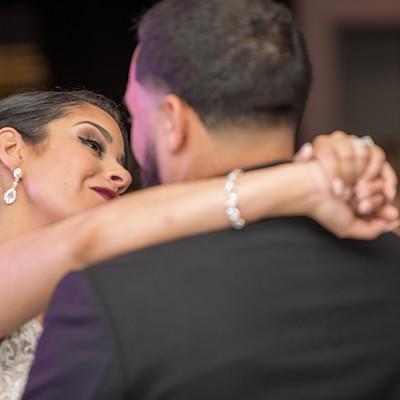 Mr. & Mrs. Vazquez sneak peeks