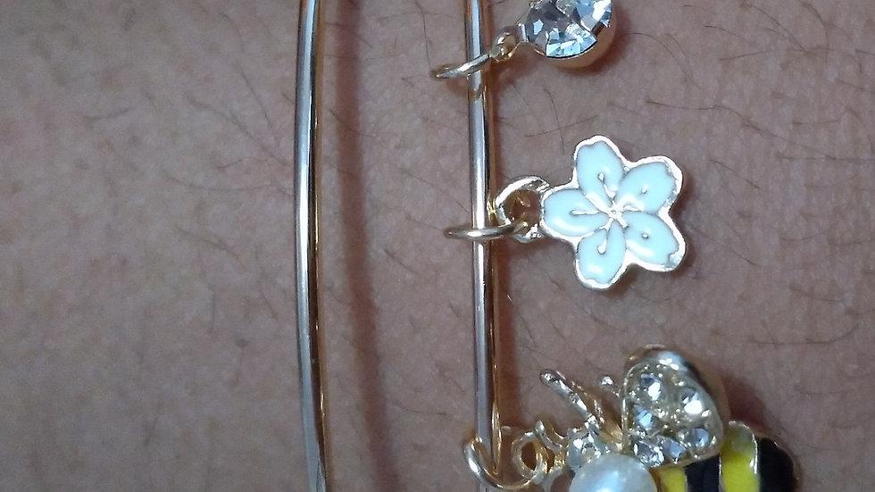 Busy Bee Charm Bracelet