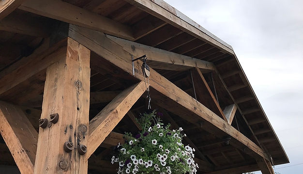 Reclaimed Beams & Trusses