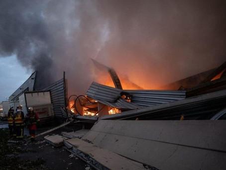 Un violent incendie a détruit une quantité non précisée de masques chirurgicaux à Bobigny