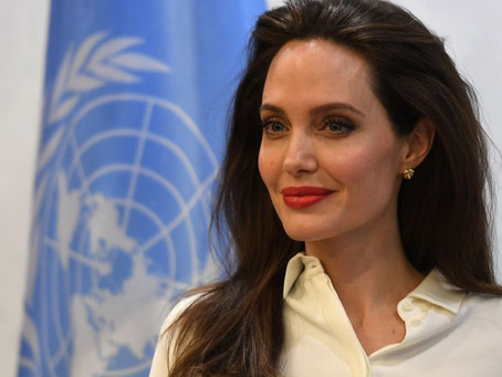 Angelina Jolie inquiète pour les enfants : sa tribune poignante en plein confinement