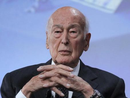 L'ex-président Valéry Giscard d'Estaing accusé d'agression sexuelle par une journaliste