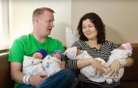 Des sœurs ont donné naissance à des jumeaux le même jour et leurs bébés ont les mêmes parents