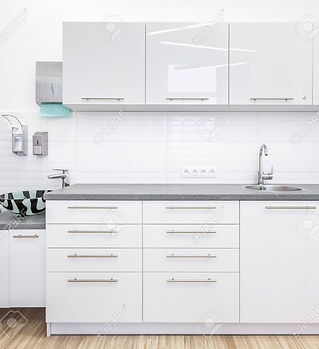 96232149-clear-medical-office-with-white