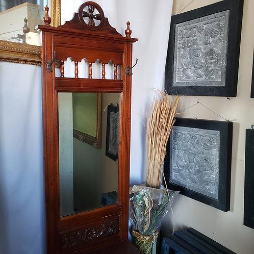 Antique Mahogany Hall Vanity