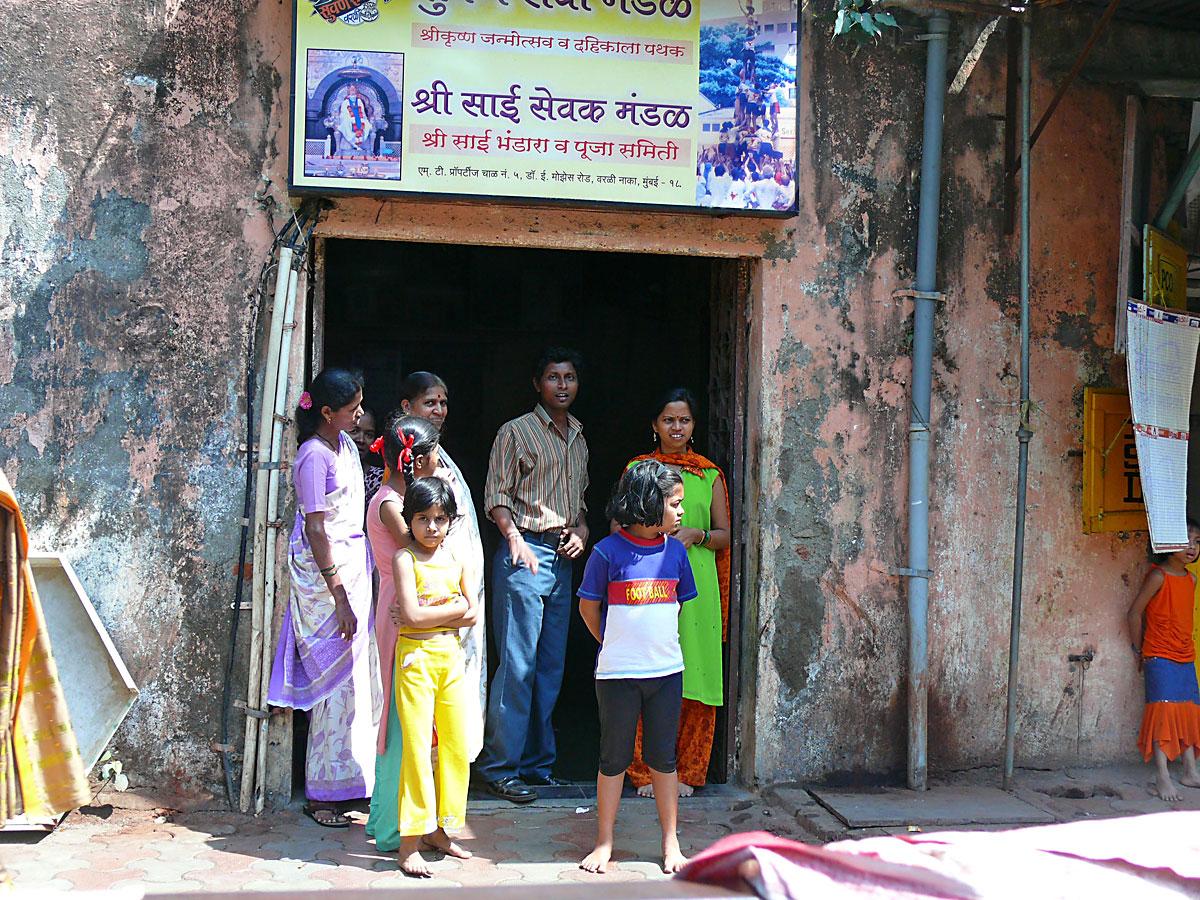 INDIEN MUMBAI Menschen Wohnen FINEST-onTour P1030391.jpg