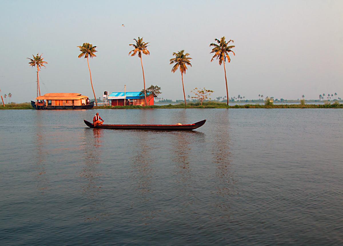 INDIEN Menschen Leben am Fluss FINEST-onTour 8646.jpg