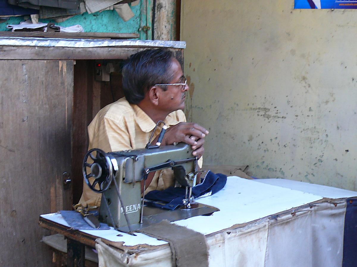 INDIEN MUMBAI Menschen Wohnen FINEST-onTour P1030365.jpg