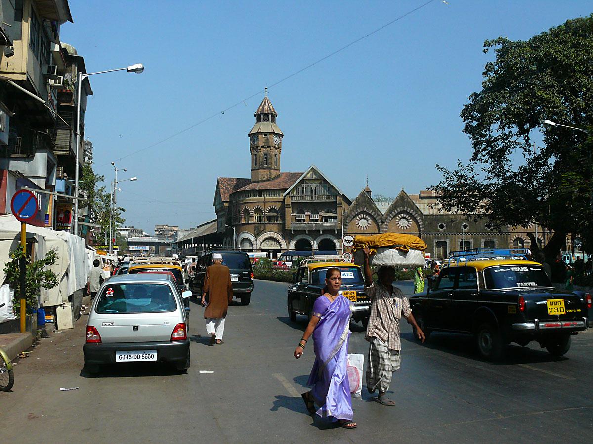 INDIEN MUMBAI Menschen Wohnen FINEST-onTour P1030494.jpg
