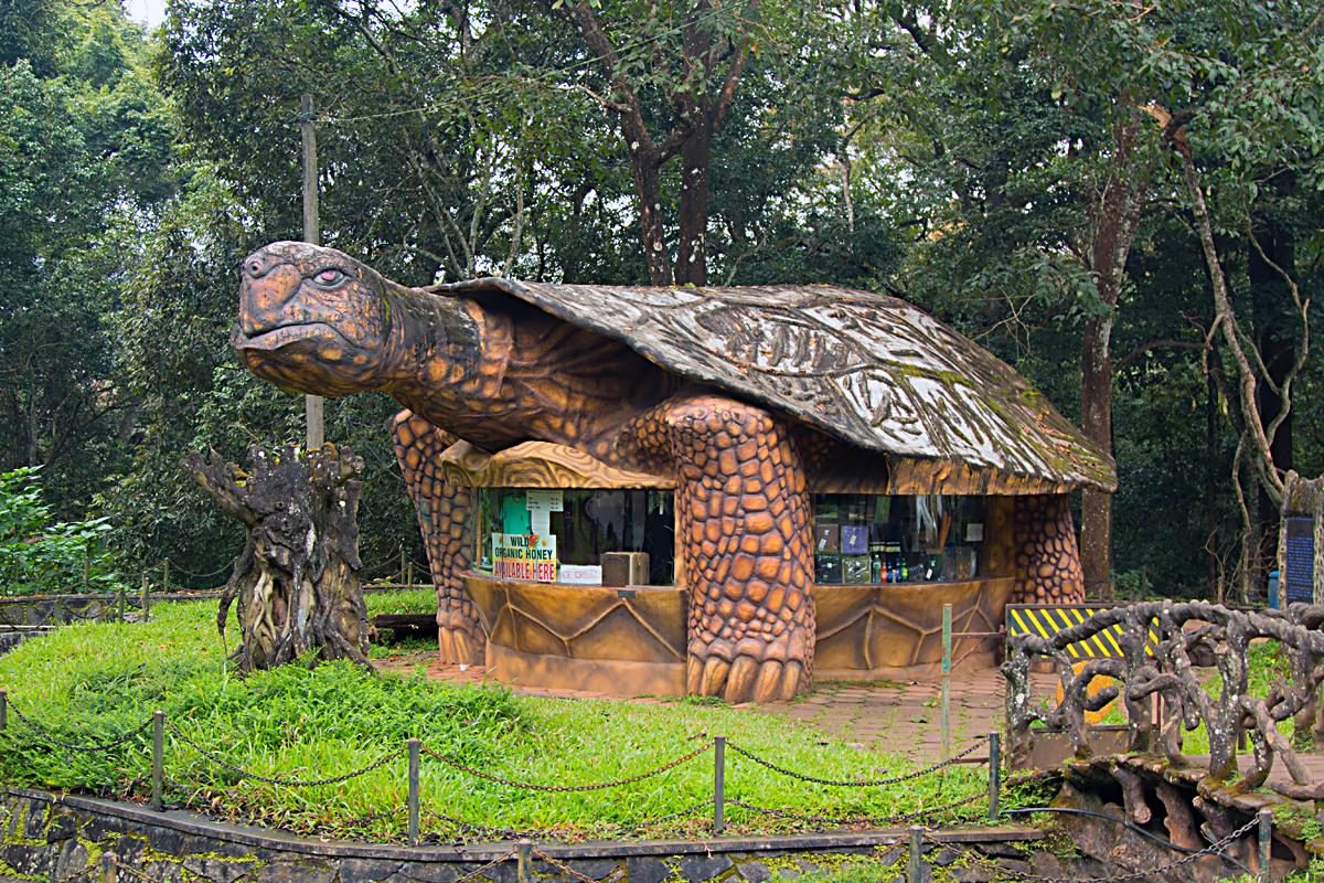 INDIEN Kumily Thekkady Kumarakom Kerala Menschen Tempel FINEST-onTour 8070.jpg