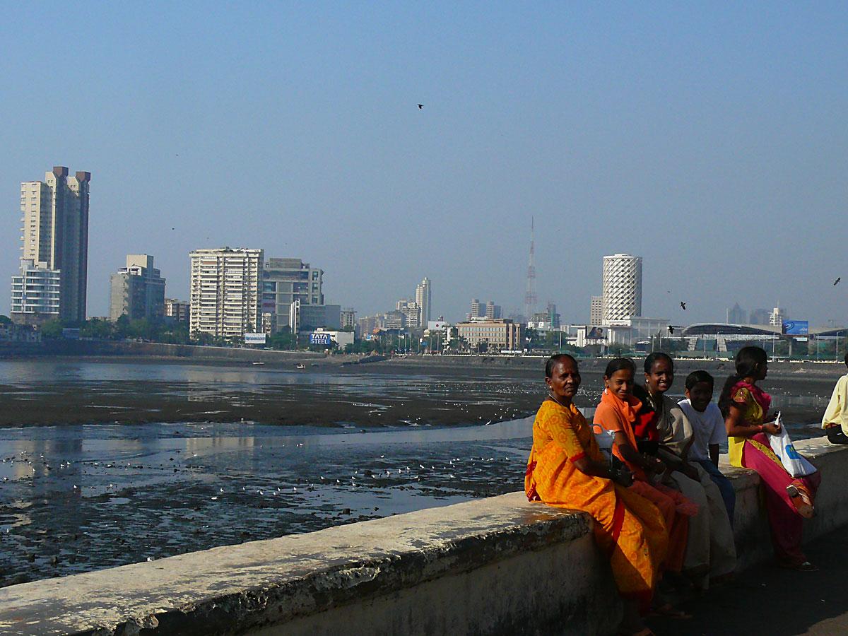 INDIEN MUMBAI Menschen Wohnen FINEST-onTour P1030564.jpg