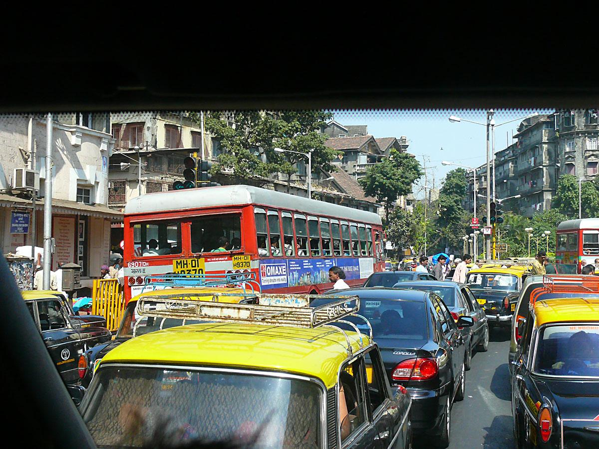 INDIEN MUMBAI Menschen Wohnen FINEST-onTour P1030484.jpg