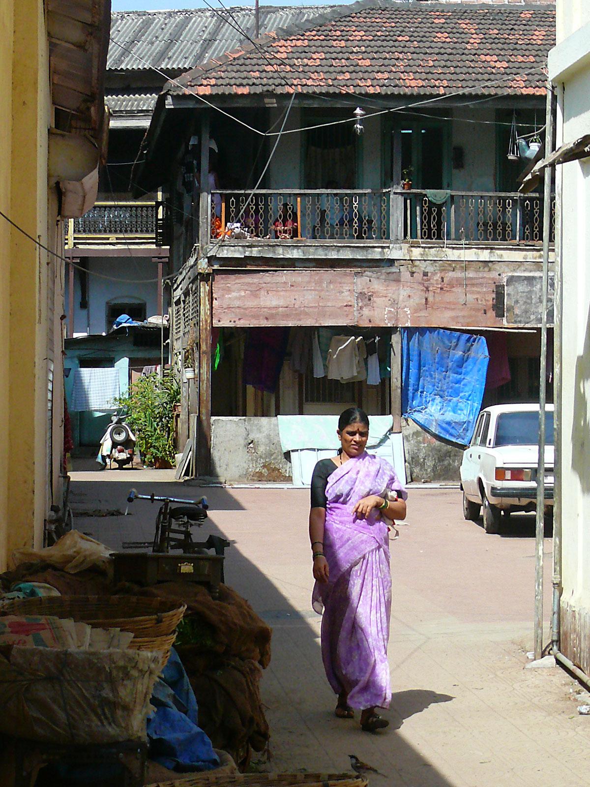 INDIEN MUMBAI Menschen Wohnen FINEST-onTour P1030455.jpg