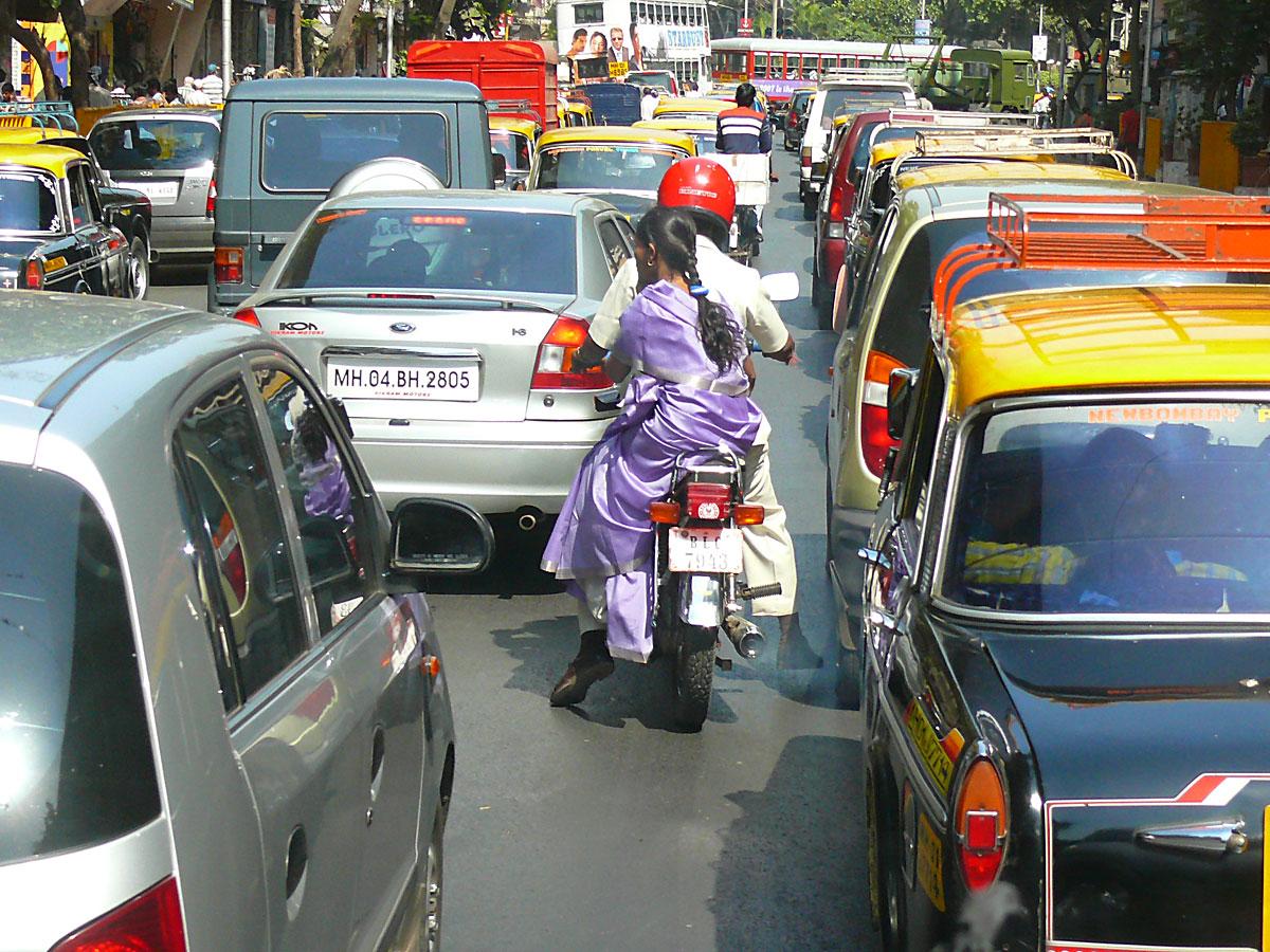 INDIEN MUMBAI Menschen Wohnen FINEST-onTour P1030478.jpg