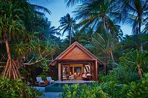 Niyama Private Island Maldives_Beach_Stu