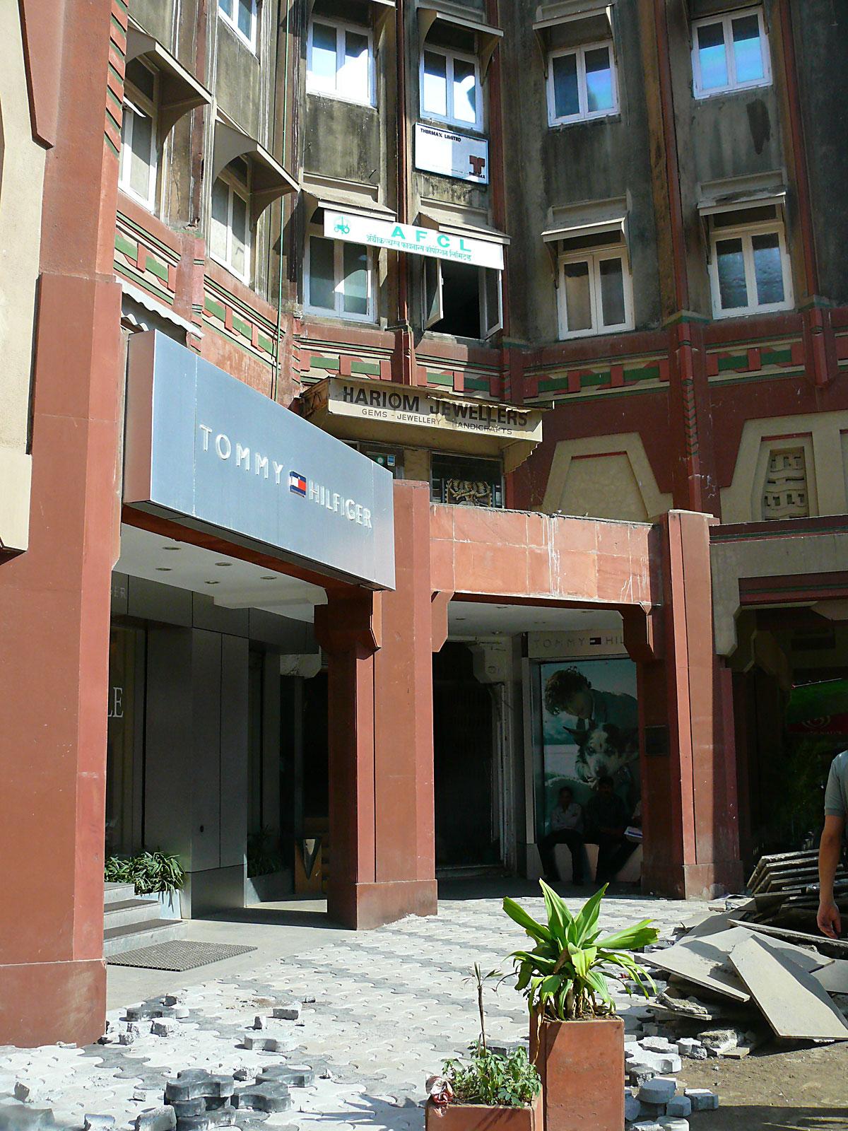 INDIEN MUMBAI Menschen Wohnen FINEST-onTour P1030500.jpg