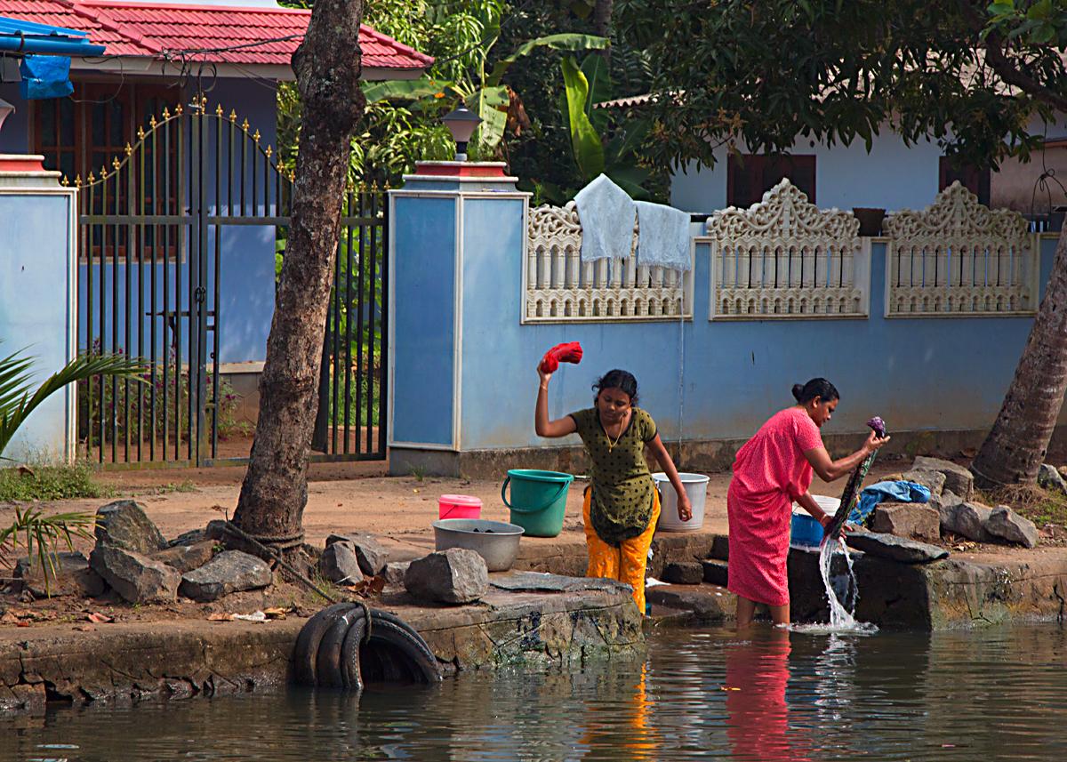 INDIEN Menschen Leben am Fluss FINEST-onTour 8366.jpg