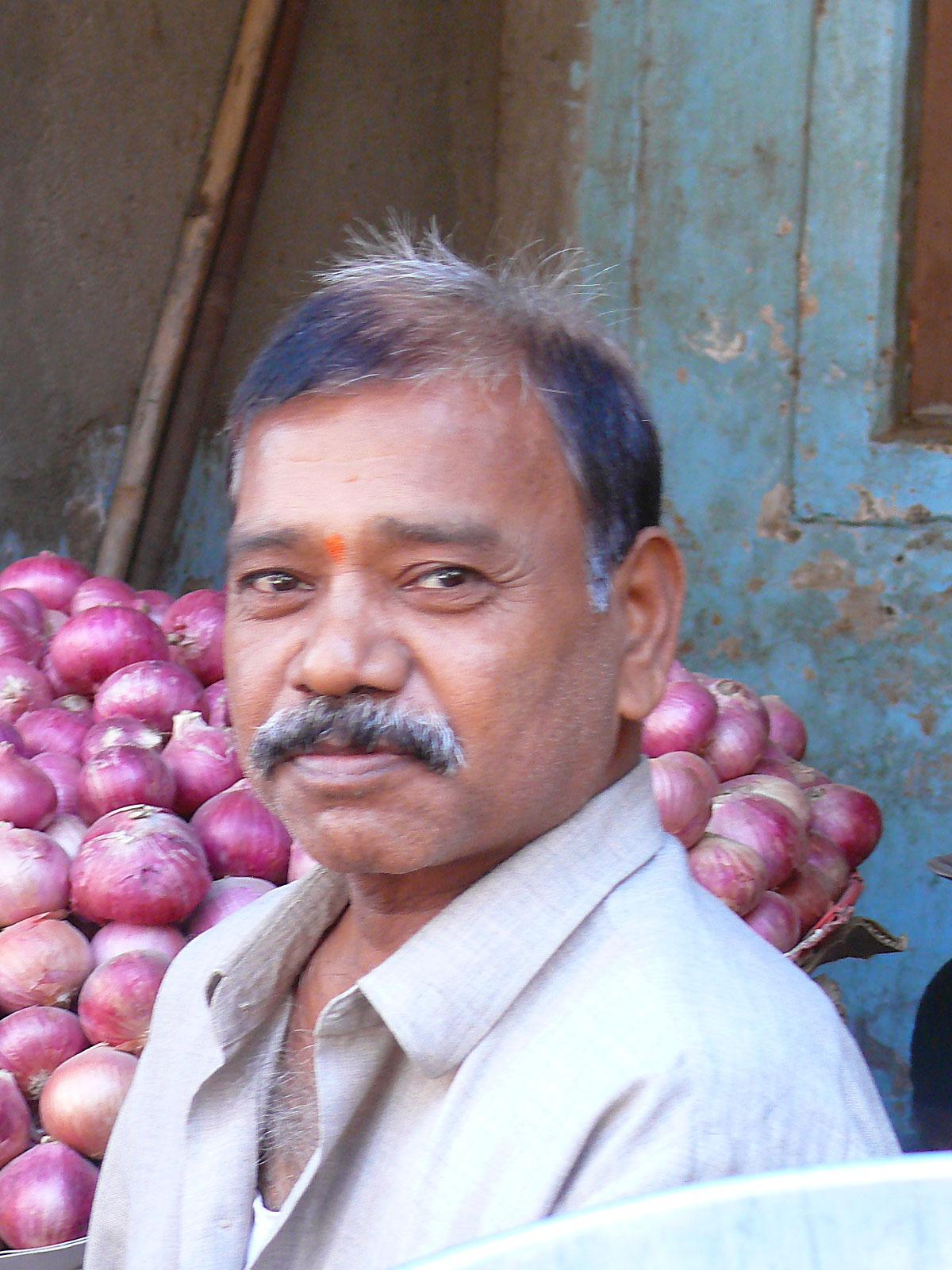 INDIEN MUMBAI Menschen Wohnen FINEST-onTour P1030470.jpg