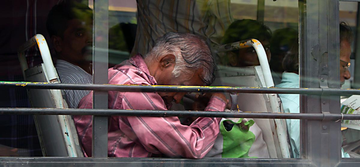 INDIEN Chennai Menschen Tempel FINEST-onTour 7186.jpg