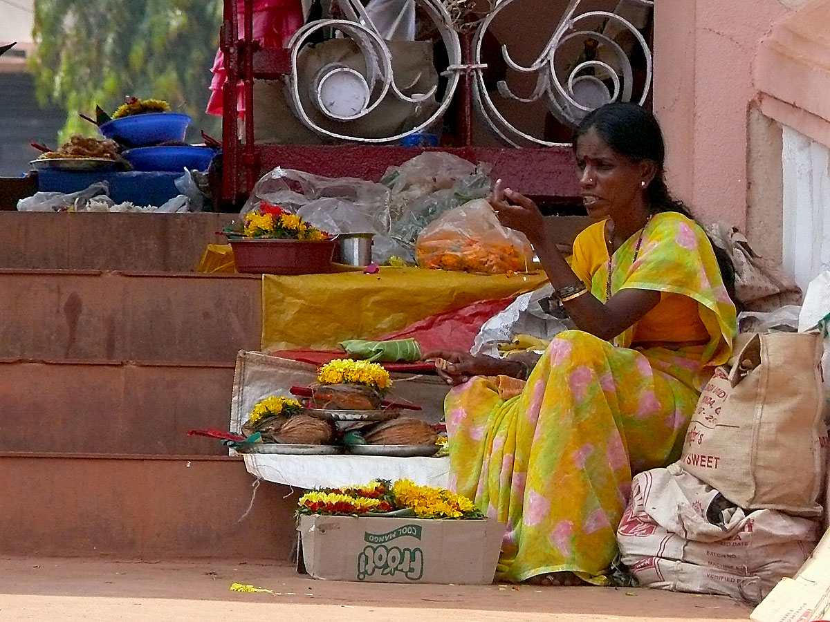 INDIEN GOA Menschen Tempel FINEST-onTourP1040015.jpg