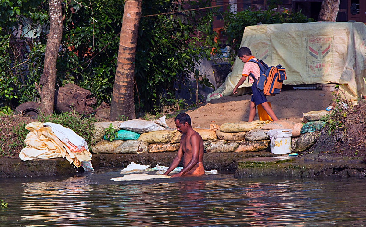 INDIEN Menschen Leben am Fluss FINEST-onTour 8499.jpg