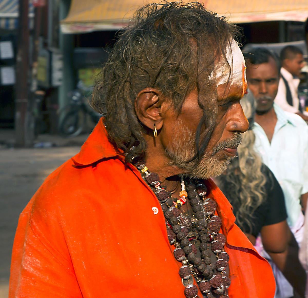 INDIEN Chennai Kanchipuram Tempel Menschen Tempel FINEST-onTour 7752.jpg