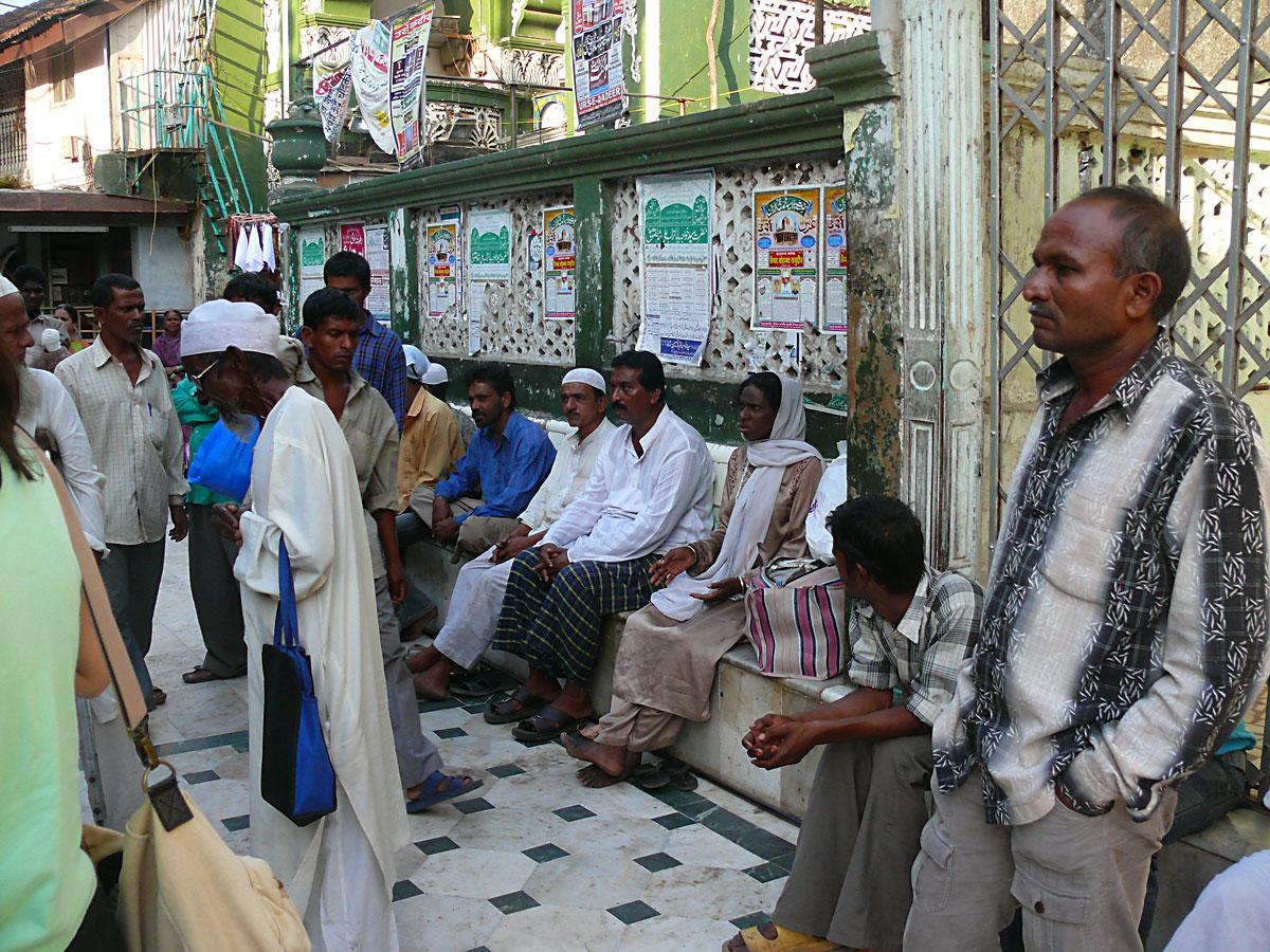INDIEN MUMBAI Menschen Wohnen FINEST-onTour P1030595.jpg