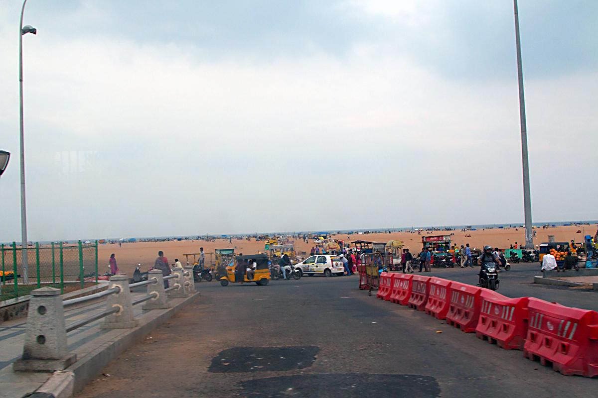 INDIEN Chennai Menschen Tempel FINEST-onTour 7195.jpg
