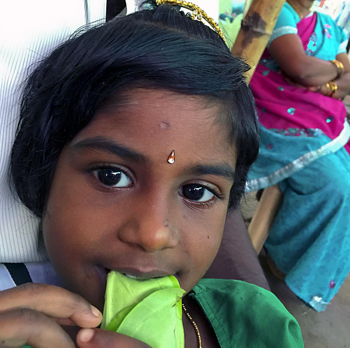 INDIEN Kumily Thekkady Kumarakom Kerala Menschen Tempel FINEST-onTour 2219.jpg