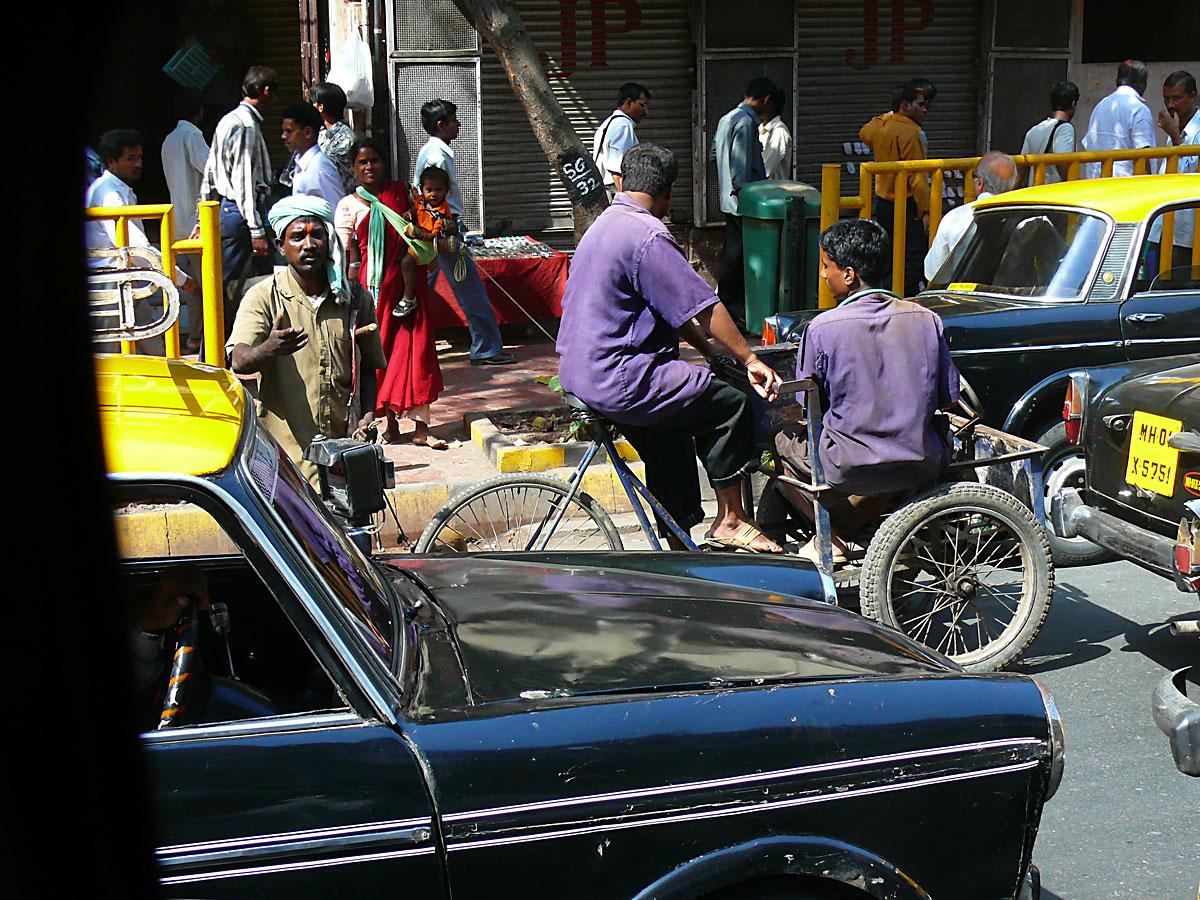 INDIEN MUMBAI Menschen Wohnen FINEST-onTour P1030482.jpg