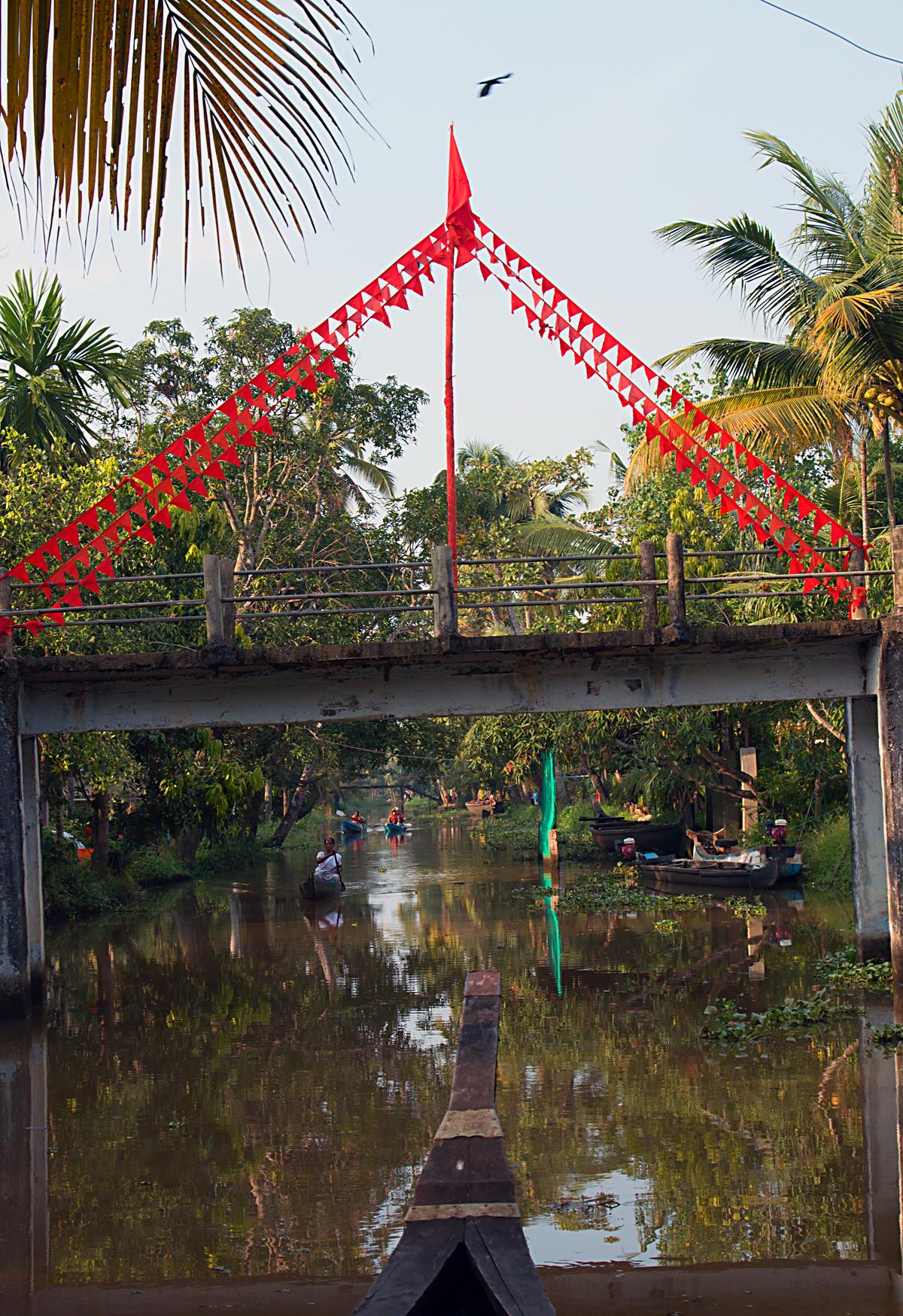 INDIEN Menschen Leben am Fluss FINEST-onTour 8529.jpg