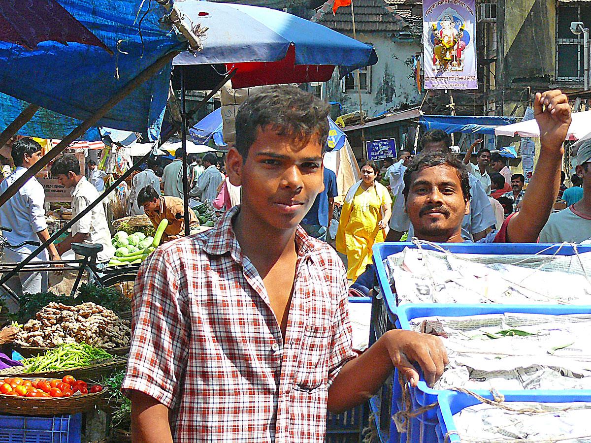 INDIEN MUMBAI Menschen Wohnen FINEST-onTour P1030452.jpg