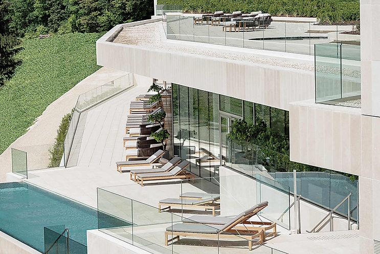 Vue terrasse et piscine.jpg