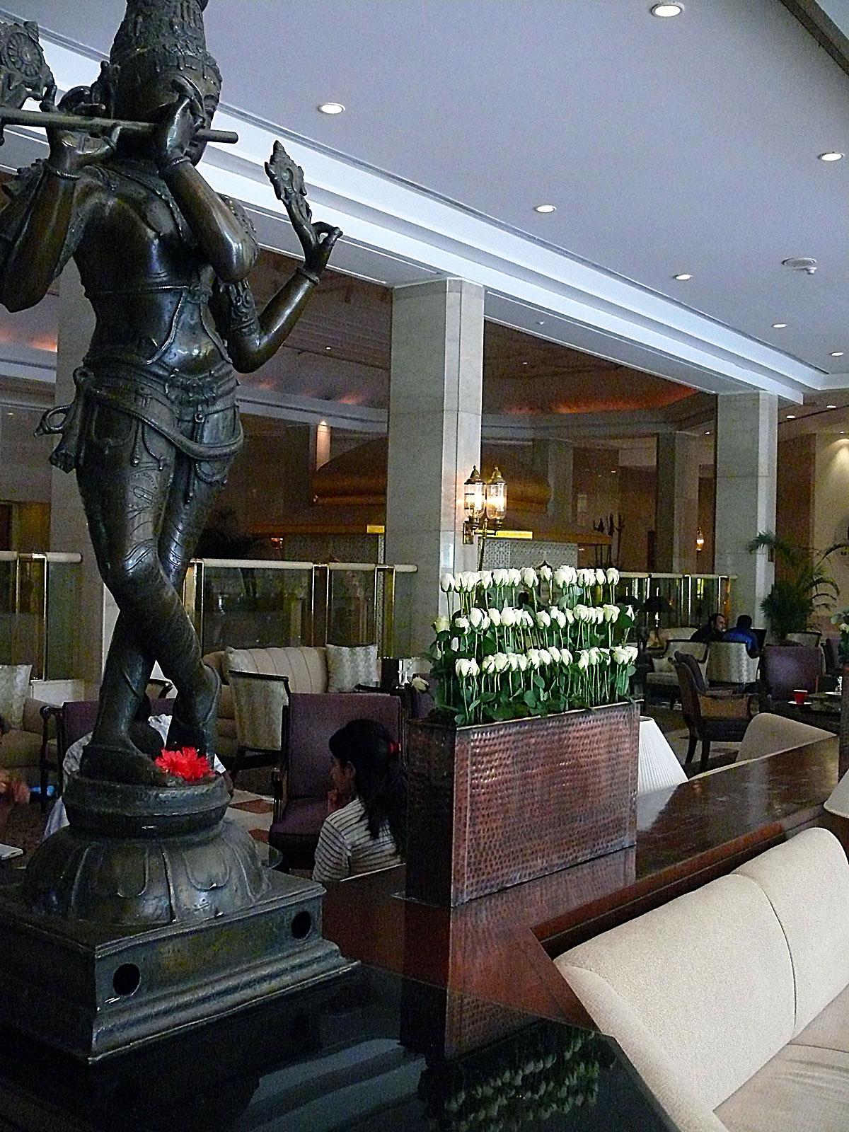 INDIEN MUMBAI Hotel The Leela FINEST-onTour P1030307.jpg