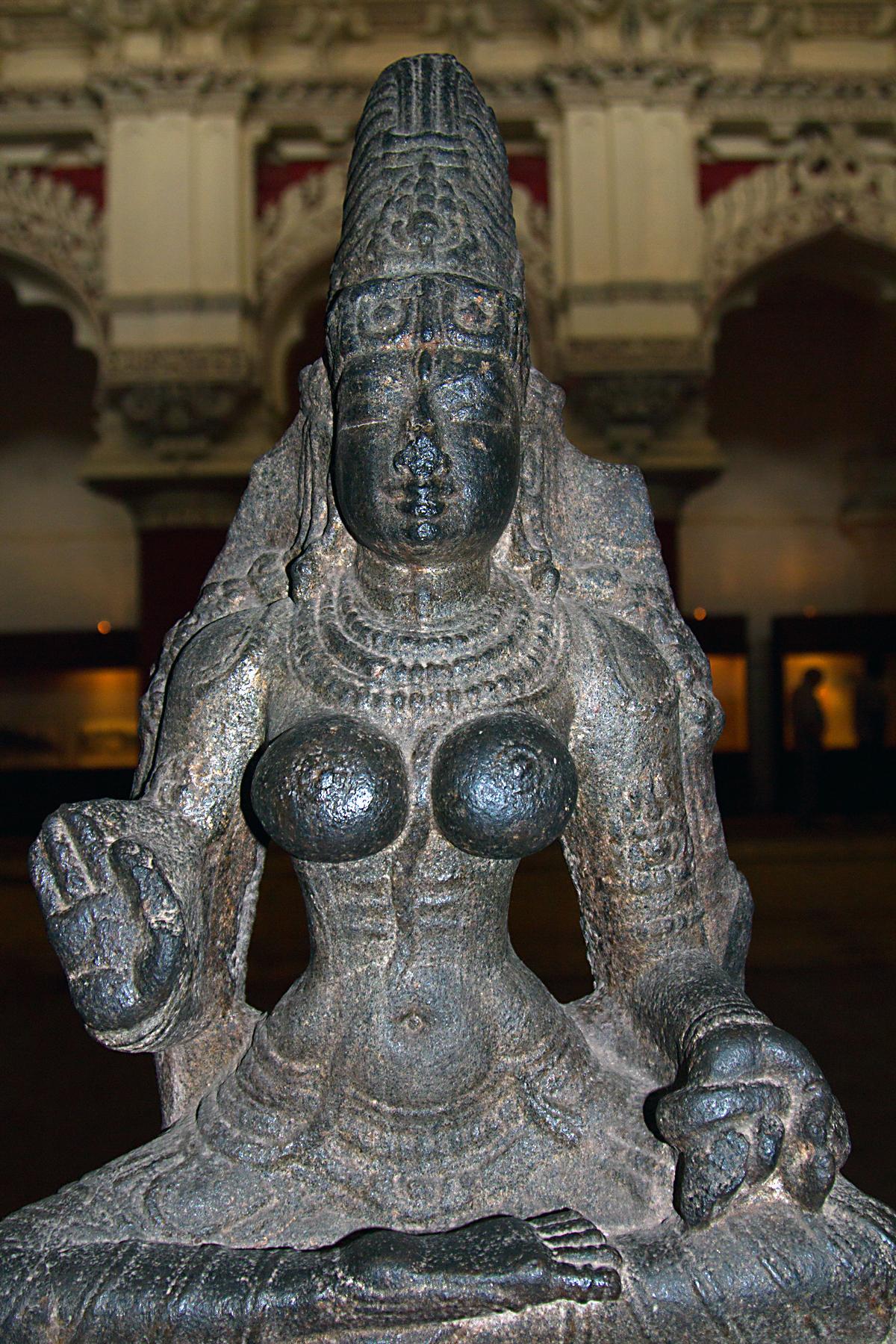 INDIEN Chennai Kanchipuram Tempel Menschen Tempel FINEST-onTour 7741.jpg