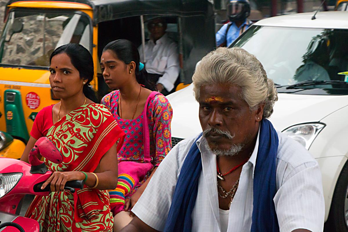 INDIEN Chennai Menschen Tempel FINEST-onTour 7246.jpg
