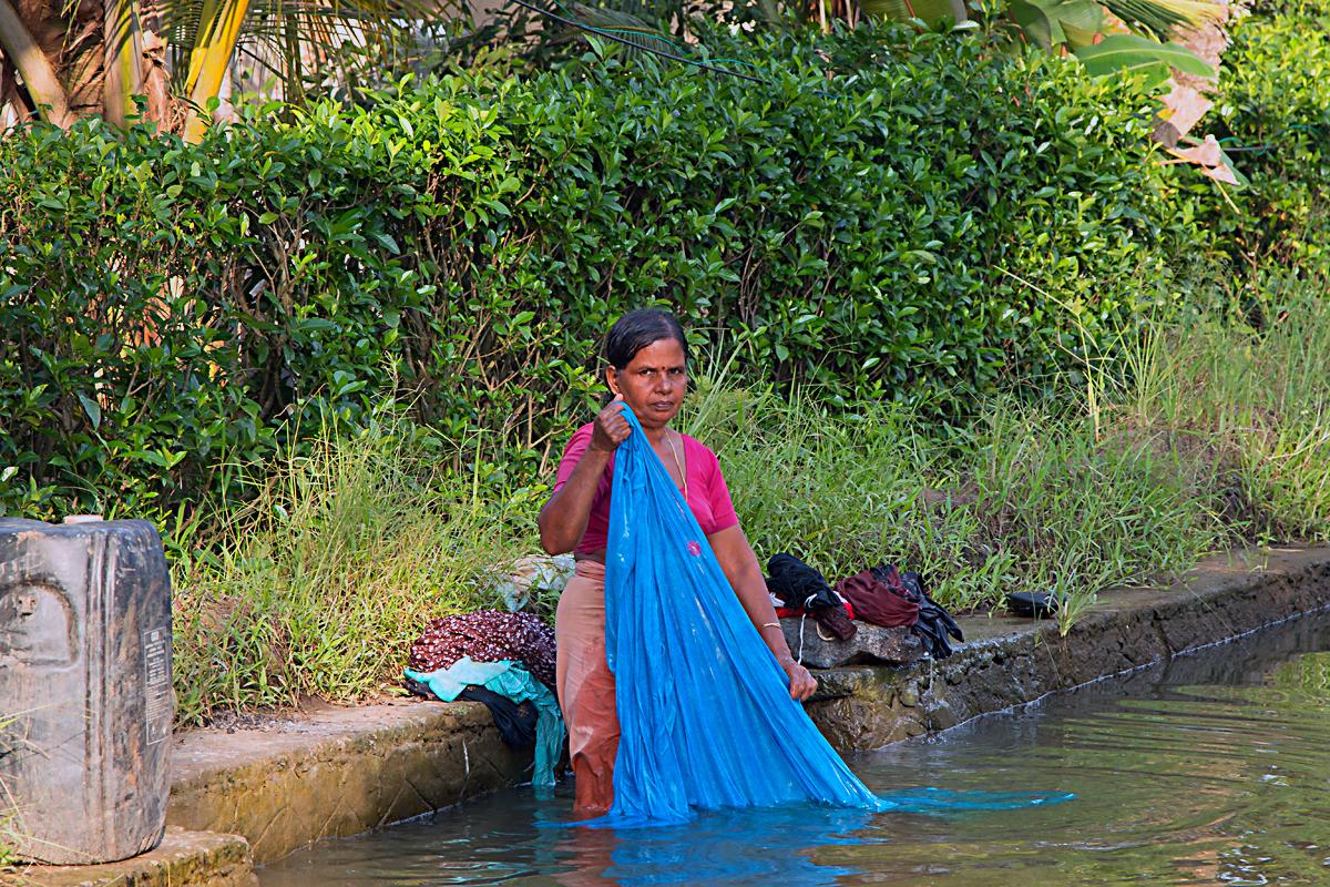 INDIEN Menschen Leben am Fluss FINEST-onTour 8525.jpg