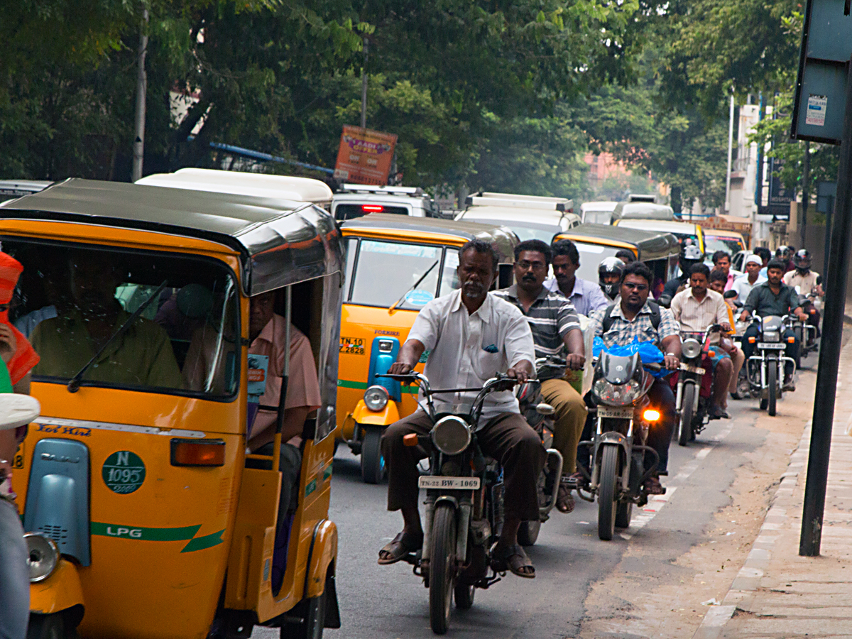 INDIEN Chennai Menschen Tempel FINEST-onTour 7233.jpg